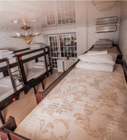 Общая комната на десять человек