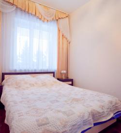 Семейный номер (1 большая кровать)