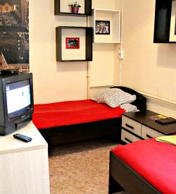 Двухместный номер с двумя односпальными кроватями и ТВ