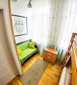 4 местный номер с диваном