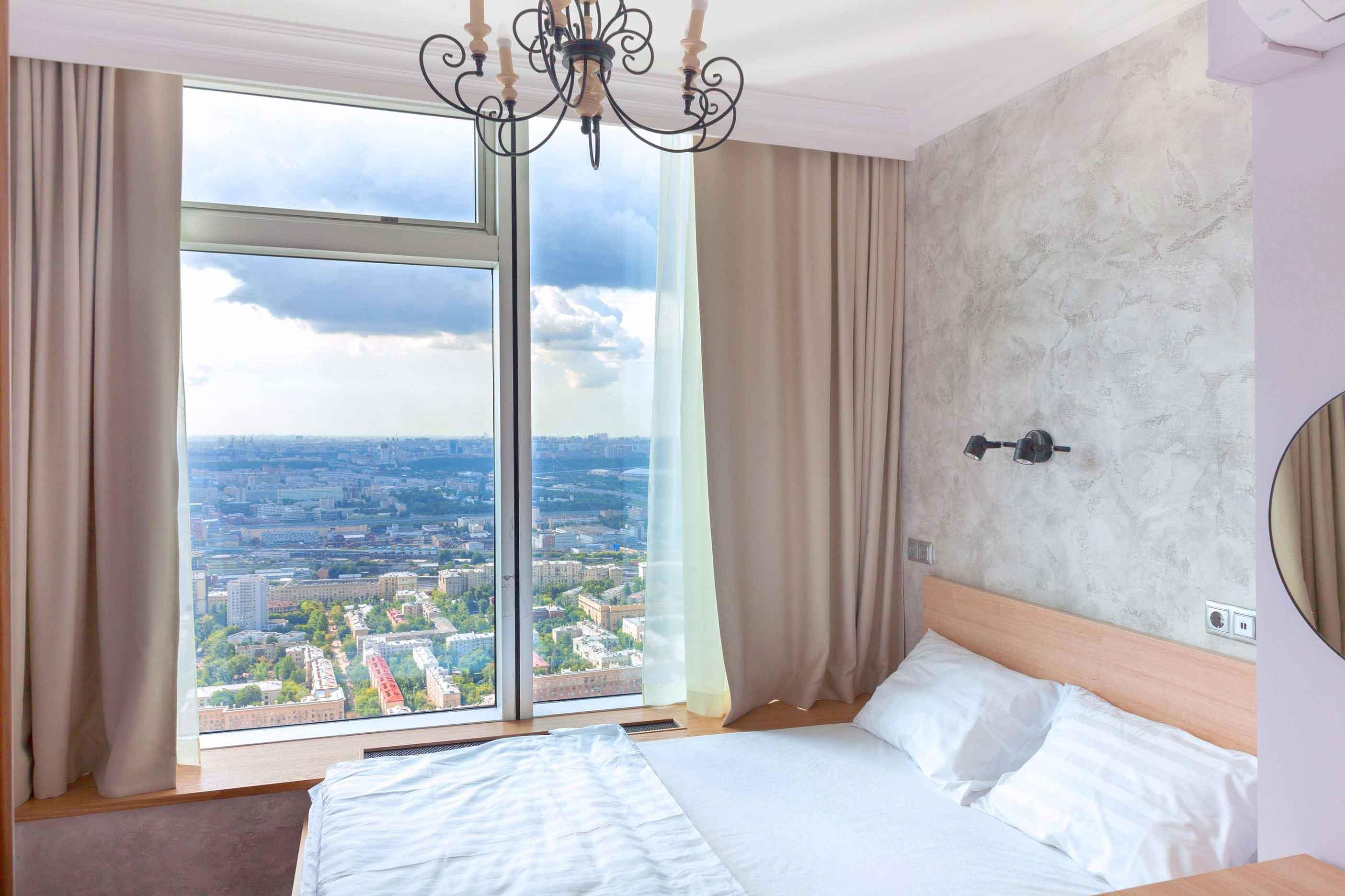 Живи на 52 этаже в башне Империя от 1800 рублей